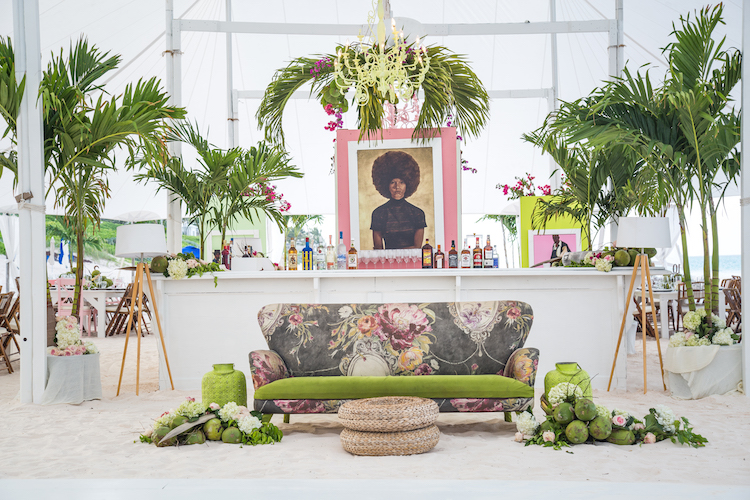 LAUREN AND RICHARD DECOR 2017-16